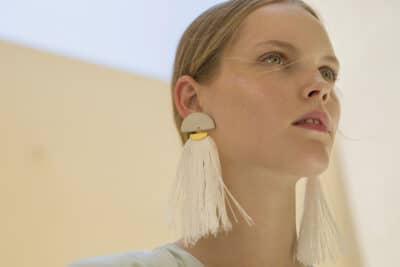 KACEY EARRINGS OFF WHITE